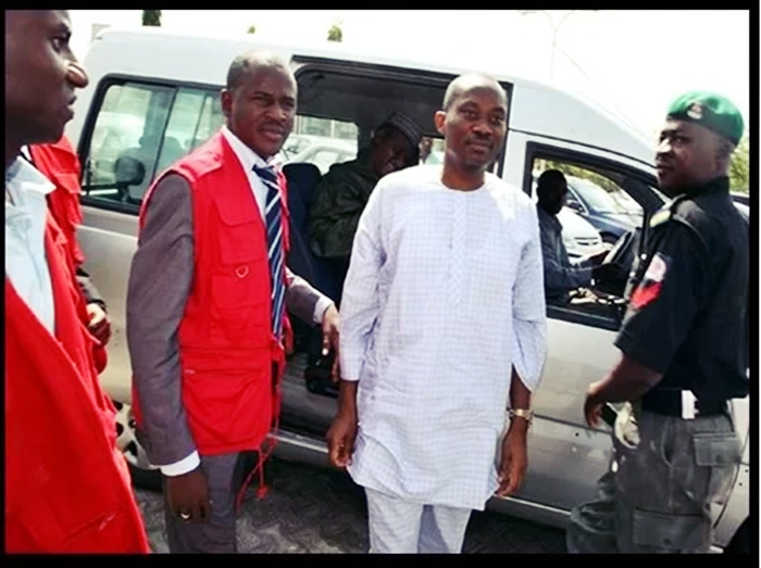 Rt. Hon. Ndudi Elumelu in EFCC Custody for Power Probe