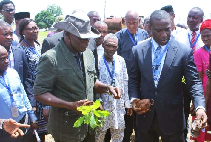 Rector, Edo State Polytechnic Usen, Prof. Abiodun Falodun (right), during the flag off of the planting of over 700 different economic trees in the school premises, after a public lecture to mark the 2018 World Environment Day, in Usen, Edo State.