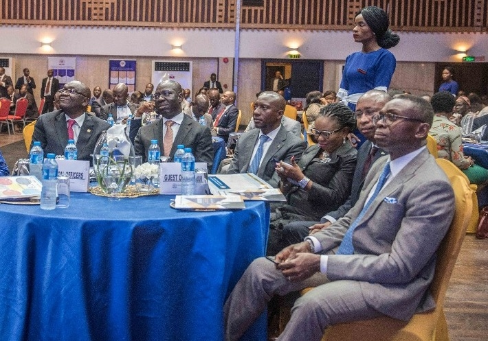 Edo State Governor, Mr. Godwin Obaseki (2nd from left); President and Chairman of Governing Council of the Chartered Institute of Stockbrokers, Mr. Adedapo David Adekoje (left); Chief Executive Officer of Nigeria Stock Exchange (NSE), Oscar Onyema (3rd from left); Group Managing Director, Afrinvest West Africa, Ike Chioke (right), at the investiture of Mr. Adekoje as the President of Chartered Institute of Stockbrokers, in Lagos.