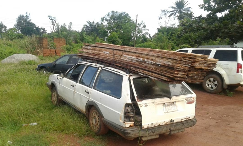 The impounded vehicle with planks belonging to the illegal wood loggers.