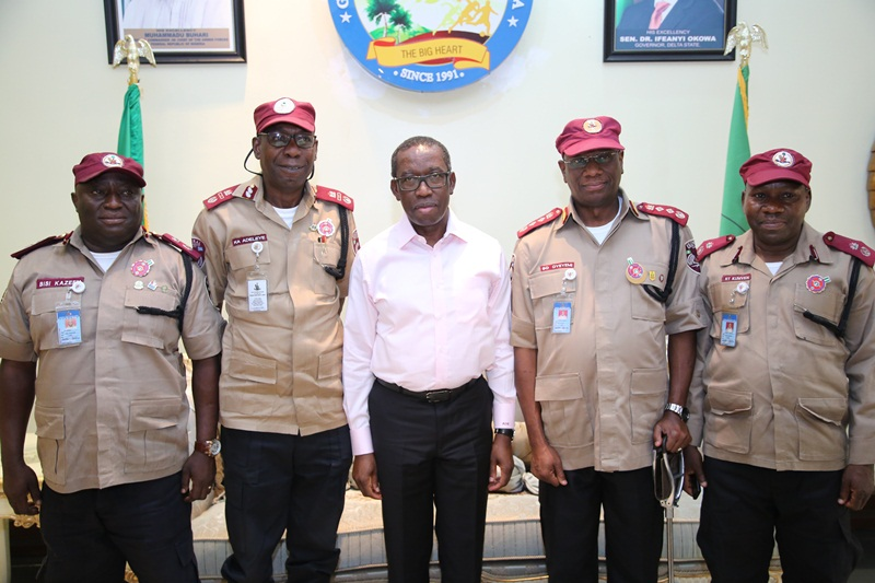 Delta State Governor, Senator Ifeanyi Okowa (middle); Corps Marshal FRSC, Boboye Oyeyemi (2nd right); Kayode Adeleye (2nd left); Rindom Kumven (right) and Bisi Kazeem, during a courtesy call on the Governor, in Government House Asaba.