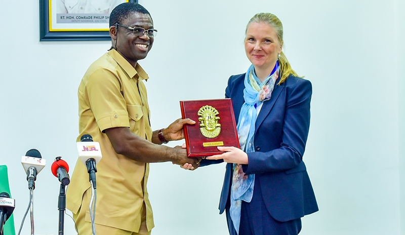 Edo State Acting Governor, Rt. Hon. Comrade Philip Shaibu (left) presenting souvenir to Coordinator for Migration and Refugee Issues at the Swedish Ministry for Foreign Affairs, Ambassador Nicola Clase, during a courtesy visit by the Swedish delegation, to the Government House, in Benin City.