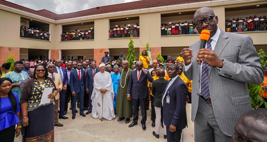 Edo State Governor, Mr. Godwin Obaseki addressing teachers who completed the Edo Supporting Teachers to Achieve Results (Edo STAR) training programme, in Benin City, on Wednesday, May 15, 2019.