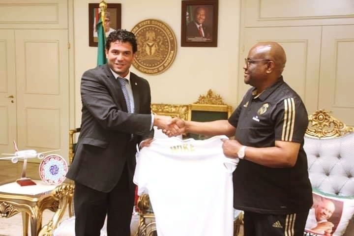 R-L: Rivers State Governor, Nyesom Ezenwo Wike and Area Manager of Real Madrid Foundation for Africa and Middle East, Mr Inigo Vallejo