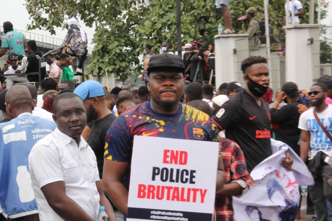 EndSARS protesters at Government House, Port Harcourt.